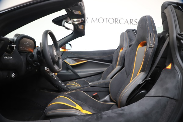 New 2020 McLaren 720S Spider Convertible for sale $374,440 at Bugatti of Greenwich in Greenwich CT 06830 25