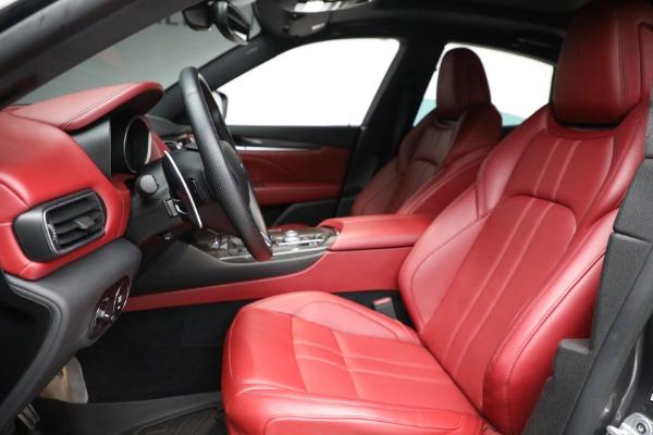 Used 2019 Maserati Levante Q4 GranSport for sale $69,900 at Bugatti of Greenwich in Greenwich CT 06830 14