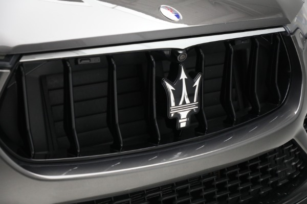 Used 2019 Maserati Levante Q4 GranSport for sale $69,900 at Bugatti of Greenwich in Greenwich CT 06830 24