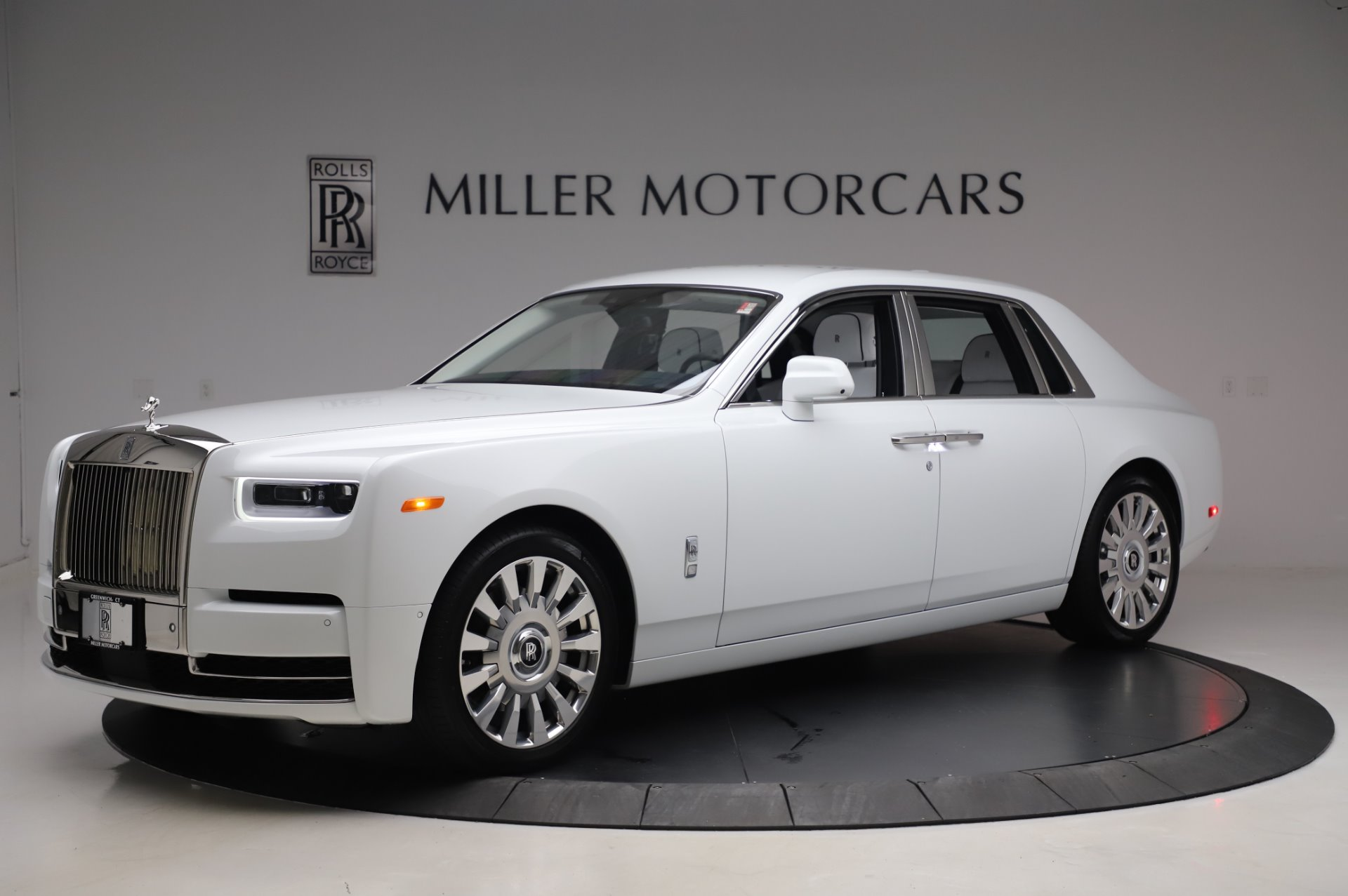 New 2020 Rolls-Royce Phantom for sale $545,200 at Bugatti of Greenwich in Greenwich CT 06830 1