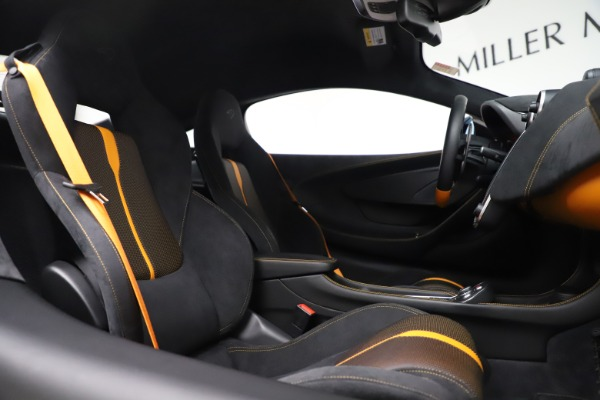 Used 2017 McLaren 570S Coupe for sale Sold at Bugatti of Greenwich in Greenwich CT 06830 21
