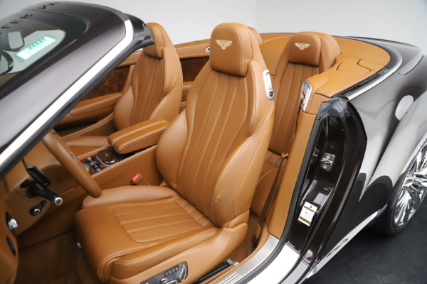 Used 2013 Bentley Continental GT W12 for sale Sold at Bugatti of Greenwich in Greenwich CT 06830 25