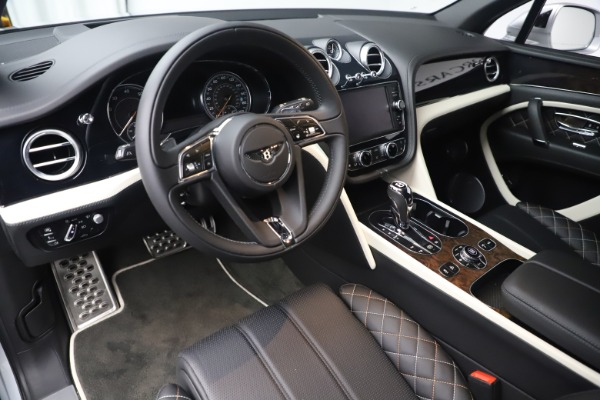 Used 2018 Bentley Bentayga Mulliner Edition for sale Sold at Bugatti of Greenwich in Greenwich CT 06830 14