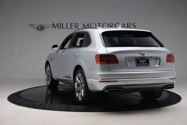 Used 2018 Bentley Bentayga Mulliner Edition for sale Sold at Bugatti of Greenwich in Greenwich CT 06830 5