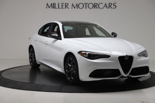 New 2019 Alfa Romeo Giulia Ti Sport Carbon Q4 for sale Sold at Bugatti of Greenwich in Greenwich CT 06830 11