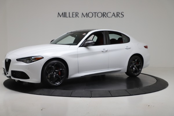 New 2019 Alfa Romeo Giulia Ti Sport Carbon Q4 for sale Sold at Bugatti of Greenwich in Greenwich CT 06830 2