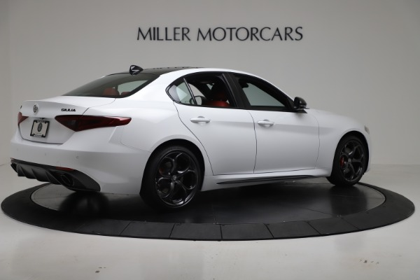 New 2019 Alfa Romeo Giulia Ti Sport Carbon Q4 for sale Sold at Bugatti of Greenwich in Greenwich CT 06830 8