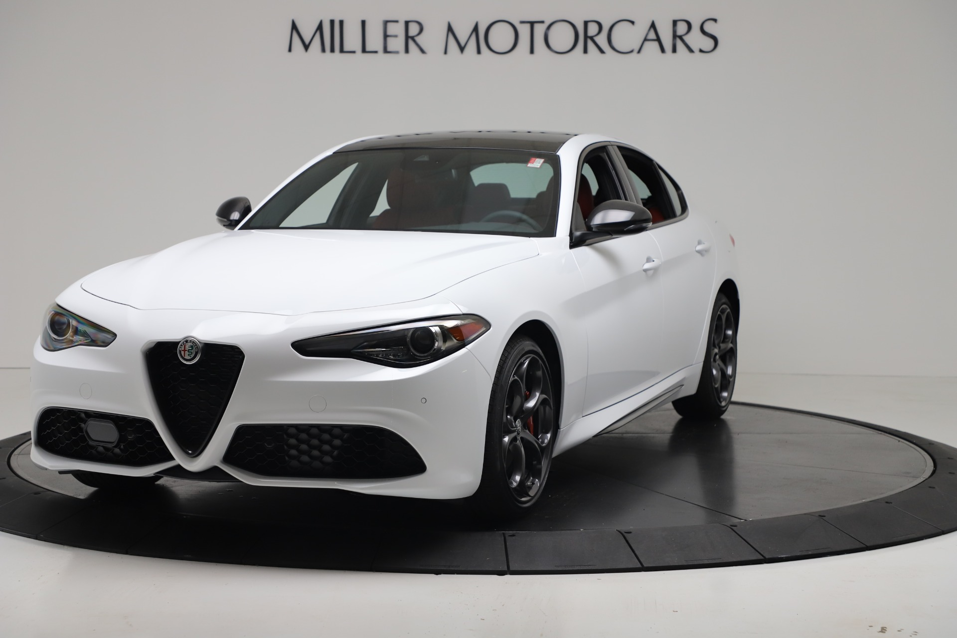New 2019 Alfa Romeo Giulia Ti Sport Carbon Q4 for sale Sold at Bugatti of Greenwich in Greenwich CT 06830 1