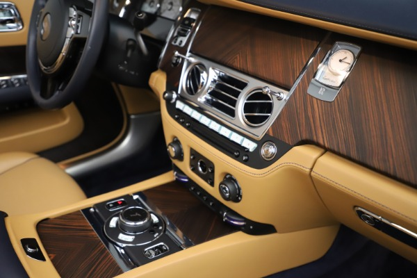 Used 2017 Rolls-Royce Dawn for sale Sold at Bugatti of Greenwich in Greenwich CT 06830 25