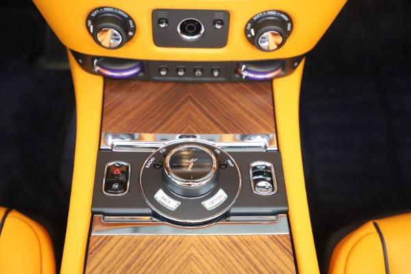 Used 2017 Rolls-Royce Dawn for sale $249,900 at Bugatti of Greenwich in Greenwich CT 06830 27