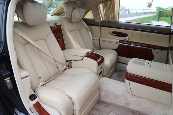 Used 2009 Maybach 62 for sale Sold at Bugatti of Greenwich in Greenwich CT 06830 24