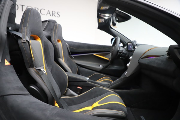 New 2020 McLaren 720S Spider Convertible for sale Sold at Bugatti of Greenwich in Greenwich CT 06830 23