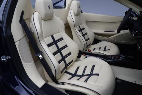 Used 2013 Ferrari 458 Spider for sale Sold at Bugatti of Greenwich in Greenwich CT 06830 25