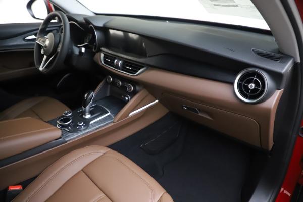 New 2019 Alfa Romeo Stelvio Q4 for sale Sold at Bugatti of Greenwich in Greenwich CT 06830 22