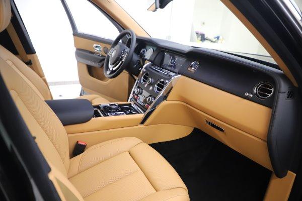 New 2020 Rolls-Royce Cullinan for sale $348,975 at Bugatti of Greenwich in Greenwich CT 06830 12
