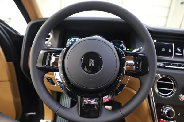 New 2020 Rolls-Royce Cullinan for sale $348,975 at Bugatti of Greenwich in Greenwich CT 06830 15