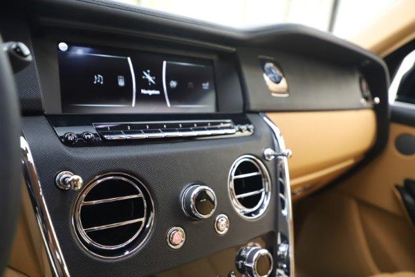 New 2020 Rolls-Royce Cullinan for sale $348,975 at Bugatti of Greenwich in Greenwich CT 06830 19