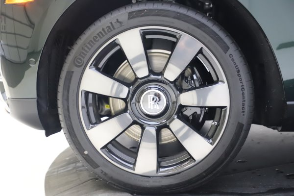 New 2020 Rolls-Royce Cullinan for sale $348,975 at Bugatti of Greenwich in Greenwich CT 06830 28