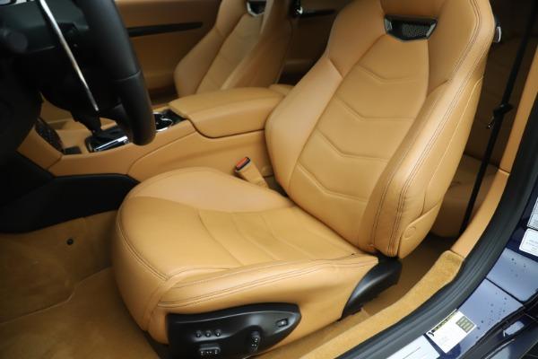 Used 2016 Maserati GranTurismo Sport for sale Sold at Bugatti of Greenwich in Greenwich CT 06830 15