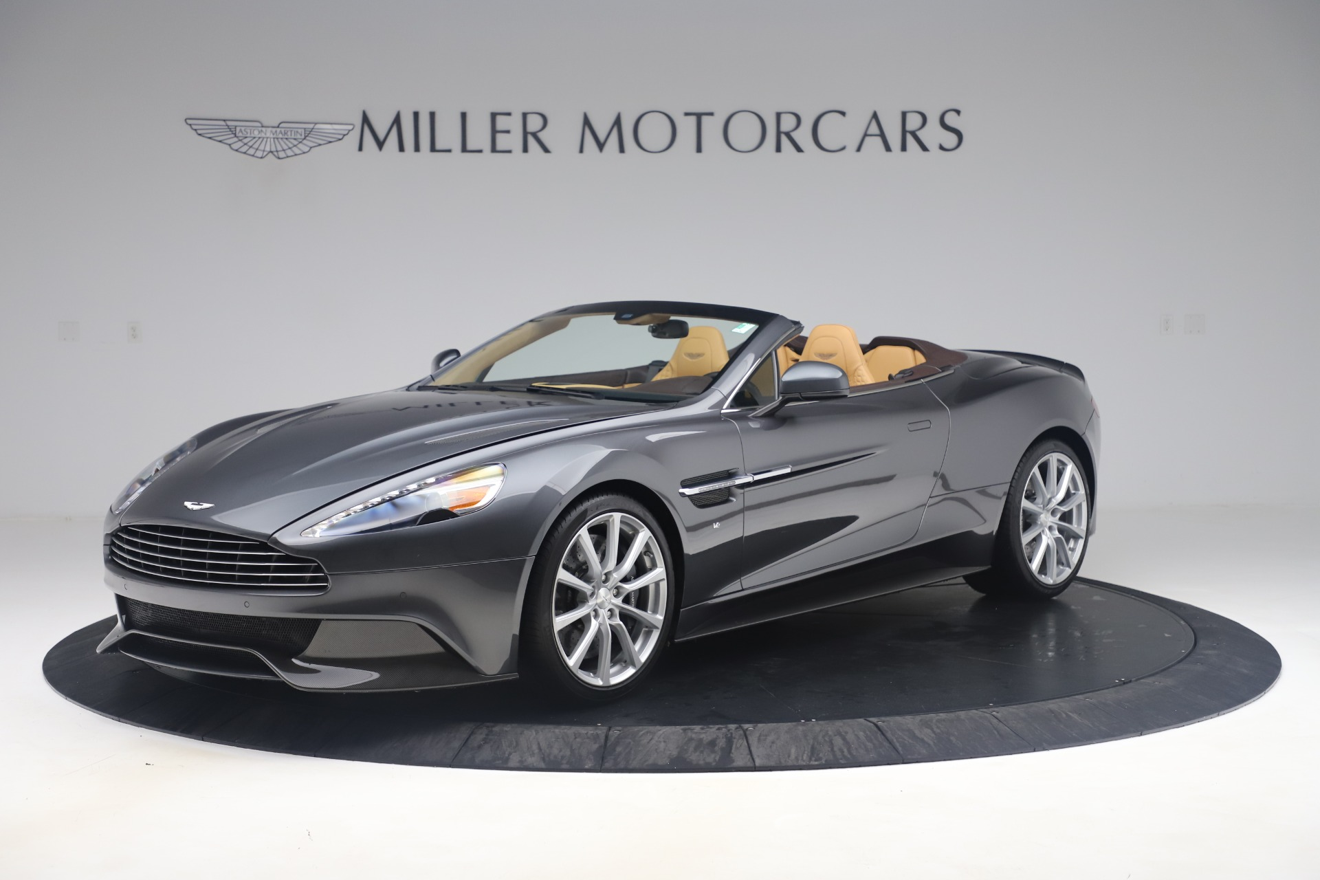 Used 2016 Aston Martin Vanquish Volante for sale Sold at Bugatti of Greenwich in Greenwich CT 06830 1