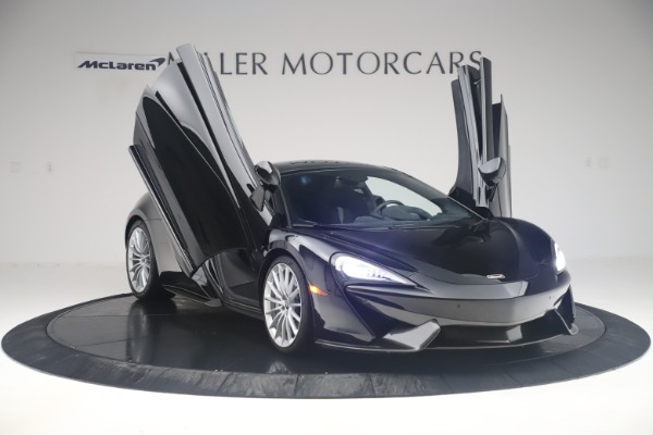 Used 2017 McLaren 570GT Coupe for sale $142,900 at Bugatti of Greenwich in Greenwich CT 06830 11