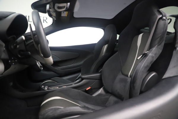 Used 2017 McLaren 570GT Coupe for sale $142,900 at Bugatti of Greenwich in Greenwich CT 06830 16