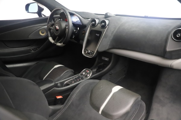 Used 2017 McLaren 570GT Coupe for sale $142,900 at Bugatti of Greenwich in Greenwich CT 06830 19