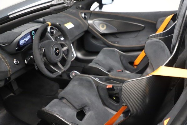 Used 2020 McLaren 600LT SPIDER Convertible for sale $249,900 at Bugatti of Greenwich in Greenwich CT 06830 22