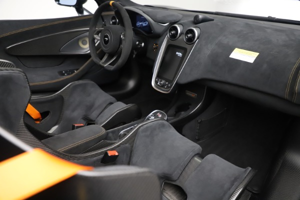 Used 2020 McLaren 600LT SPIDER Convertible for sale $249,900 at Bugatti of Greenwich in Greenwich CT 06830 26