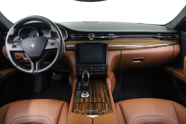 Used 2017 Maserati Quattroporte S Q4 GranLusso for sale Sold at Bugatti of Greenwich in Greenwich CT 06830 16
