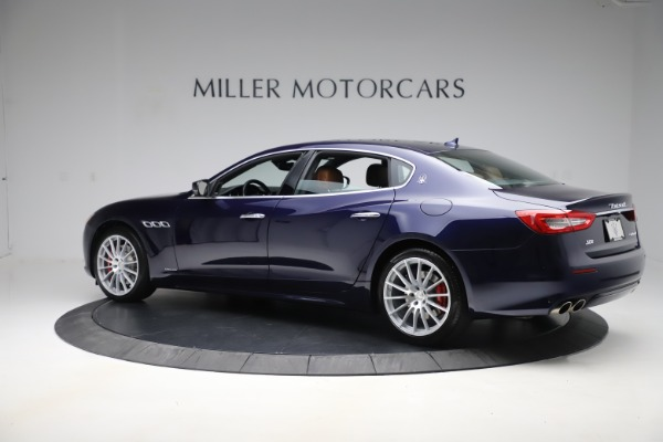 Used 2017 Maserati Quattroporte S Q4 GranLusso for sale Sold at Bugatti of Greenwich in Greenwich CT 06830 4