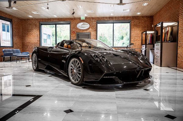 Used 2017 Pagani Huayra Roadster Roadster for sale Call for price at Bugatti of Greenwich in Greenwich CT 06830 3