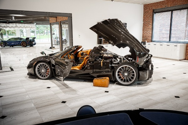 Used 2017 Pagani Huayra Roadster Roadster for sale Call for price at Bugatti of Greenwich in Greenwich CT 06830 7
