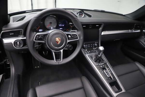 Used 2017 Porsche 911 Carrera 4S for sale Sold at Bugatti of Greenwich in Greenwich CT 06830 18