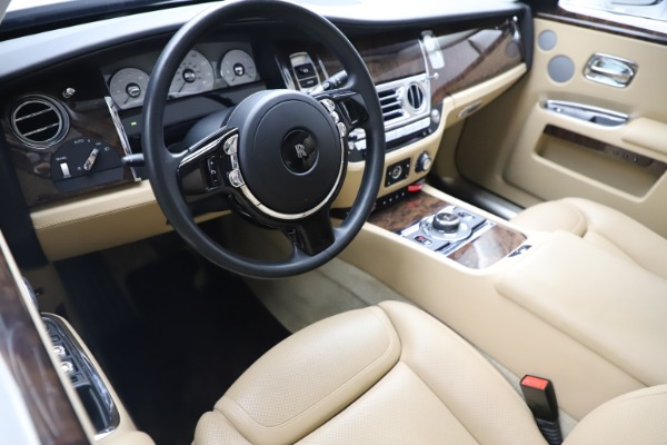 Used 2015 Rolls-Royce Ghost for sale $166,900 at Bugatti of Greenwich in Greenwich CT 06830 16