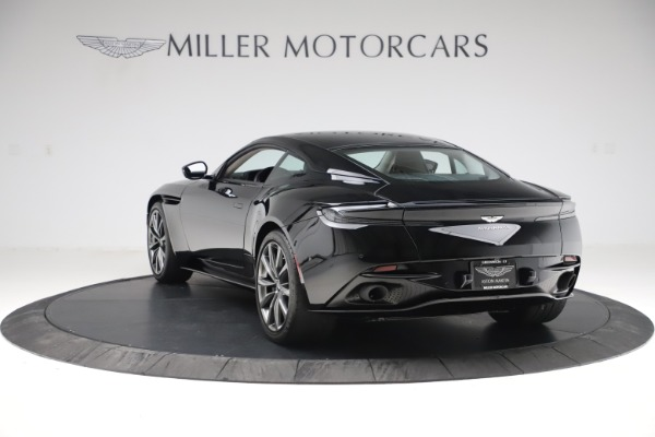 Used 2018 Aston Martin DB11 V8 for sale $139,900 at Bugatti of Greenwich in Greenwich CT 06830 4