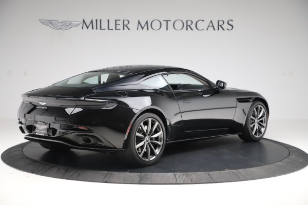 Used 2018 Aston Martin DB11 V8 for sale $139,900 at Bugatti of Greenwich in Greenwich CT 06830 7