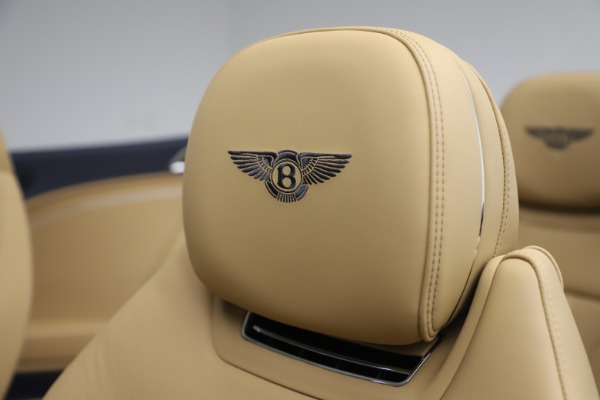 New 2020 Bentley Continental GTC V8 for sale $262,475 at Bugatti of Greenwich in Greenwich CT 06830 27