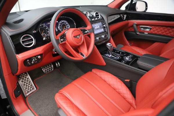 New 2020 Bentley Bentayga V8 for sale Sold at Bugatti of Greenwich in Greenwich CT 06830 18