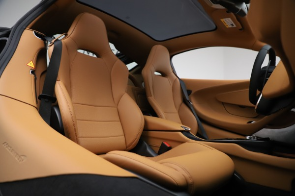 New 2020 McLaren GT Luxe for sale Sold at Bugatti of Greenwich in Greenwich CT 06830 16