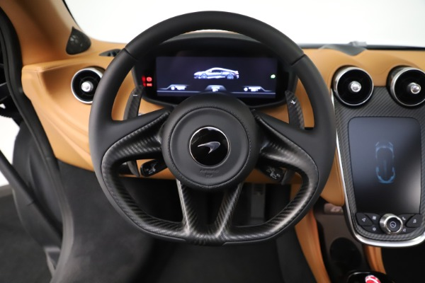 New 2020 McLaren GT Coupe for sale $245,975 at Bugatti of Greenwich in Greenwich CT 06830 23