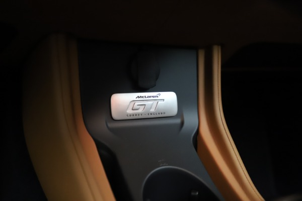 New 2020 McLaren GT Coupe for sale $245,975 at Bugatti of Greenwich in Greenwich CT 06830 28