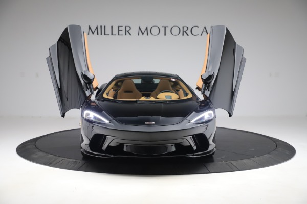 New 2020 McLaren GT Coupe for sale $245,975 at Bugatti of Greenwich in Greenwich CT 06830 9