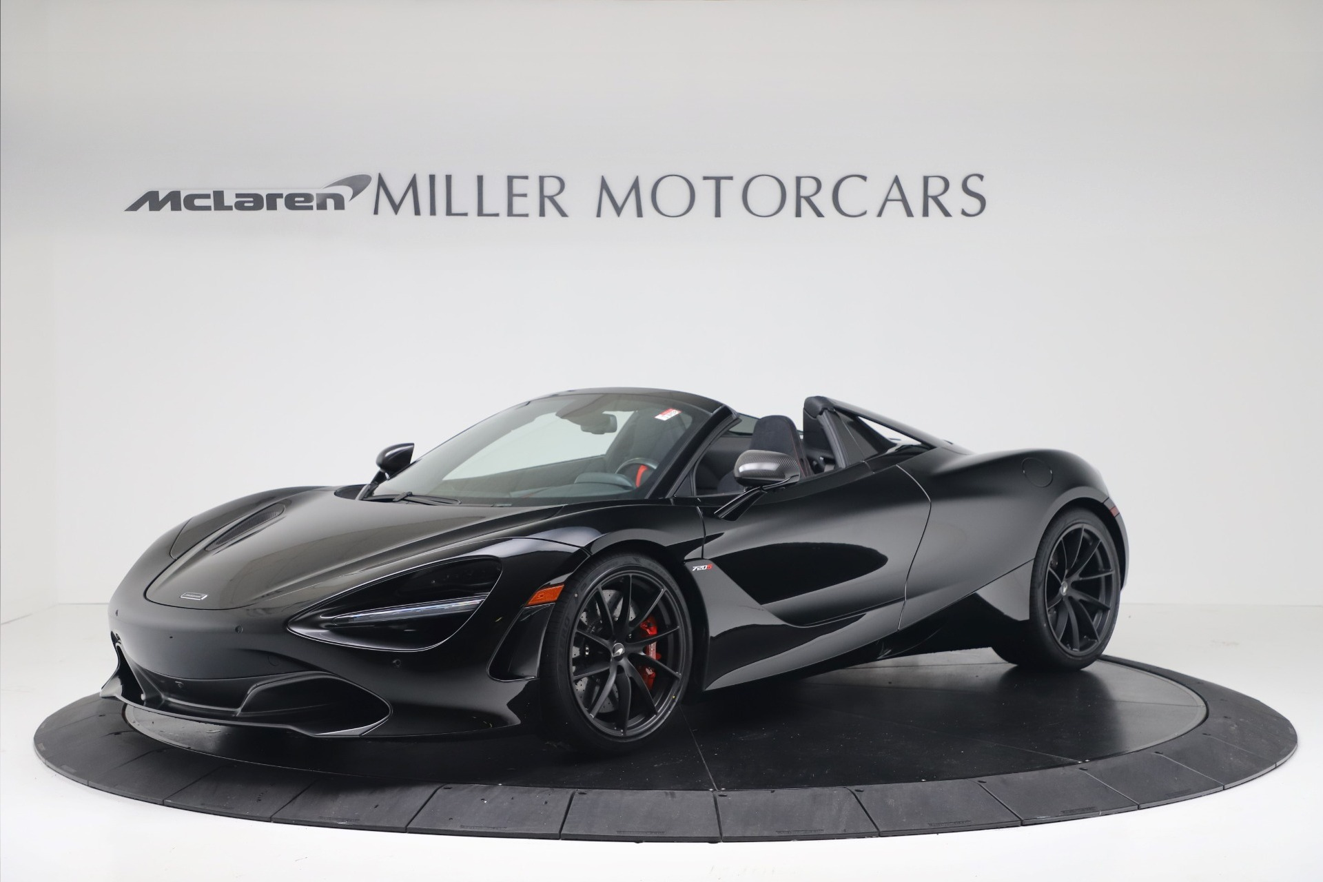 New 2020 McLaren 720S Spider Convertible for sale $383,090 at Bugatti of Greenwich in Greenwich CT 06830 1