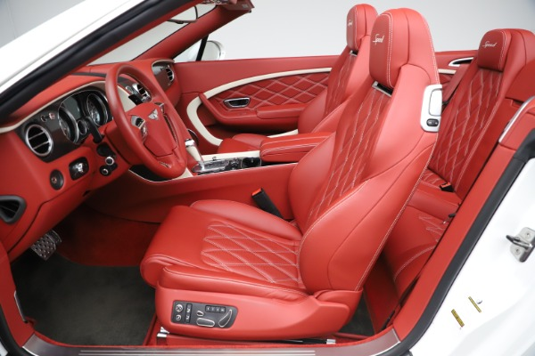 Used 2015 Bentley Continental GTC Speed for sale $125,900 at Bugatti of Greenwich in Greenwich CT 06830 26