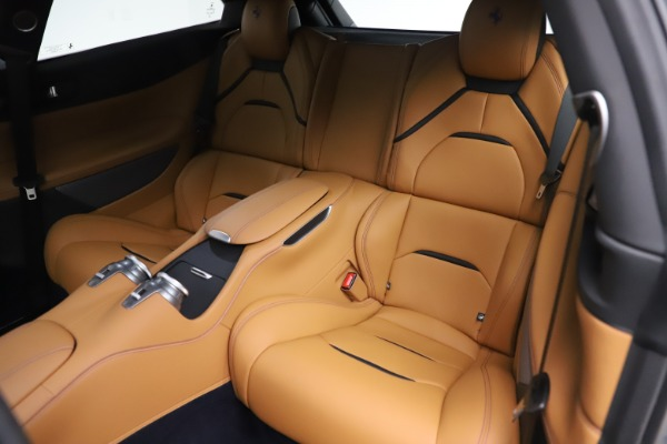 Used 2017 Ferrari GTC4Lusso for sale $231,900 at Bugatti of Greenwich in Greenwich CT 06830 16