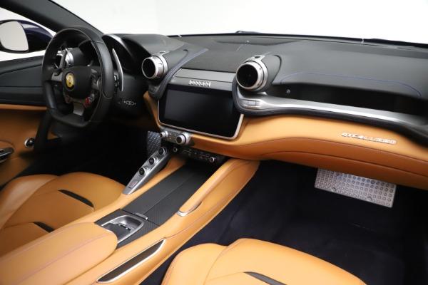 Used 2017 Ferrari GTC4Lusso for sale $221,900 at Bugatti of Greenwich in Greenwich CT 06830 18