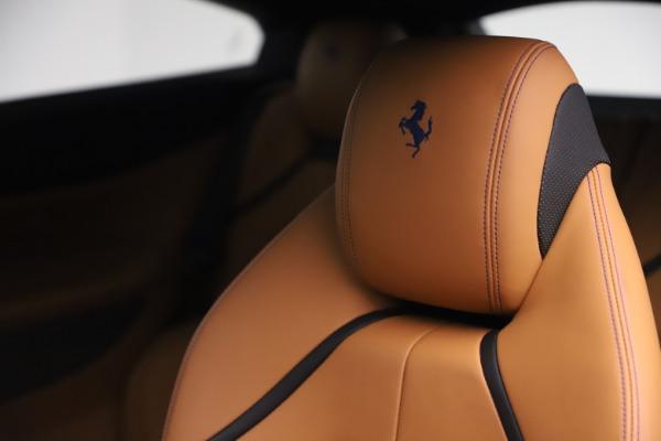 Used 2017 Ferrari GTC4Lusso for sale $231,900 at Bugatti of Greenwich in Greenwich CT 06830 21