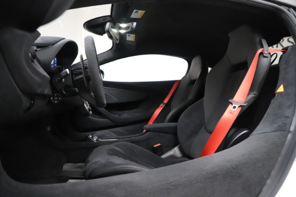Used 2019 McLaren 600LT Coupe for sale $219,900 at Bugatti of Greenwich in Greenwich CT 06830 17