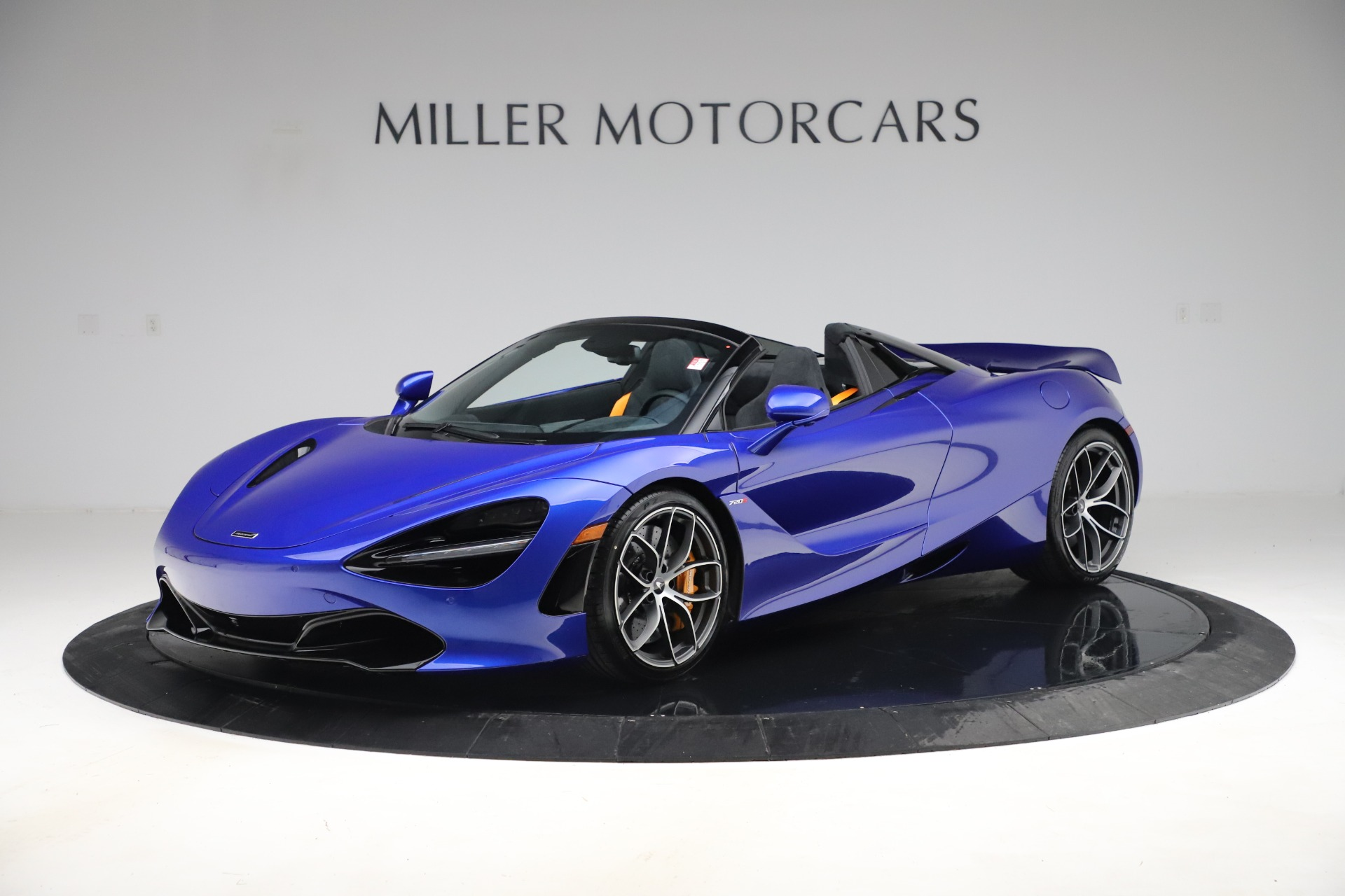 New 2020 McLaren 720S Spider Convertible for sale $364,090 at Bugatti of Greenwich in Greenwich CT 06830 1